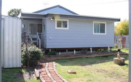 12 Moredun Road, Ben Lomond NSW 2365