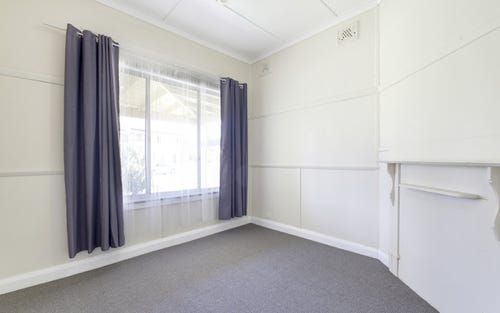 8 Shepherd Street, Goulburn NSW