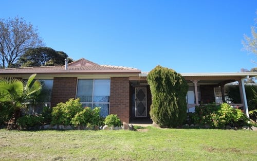 1 Bowen Place, Tolland NSW