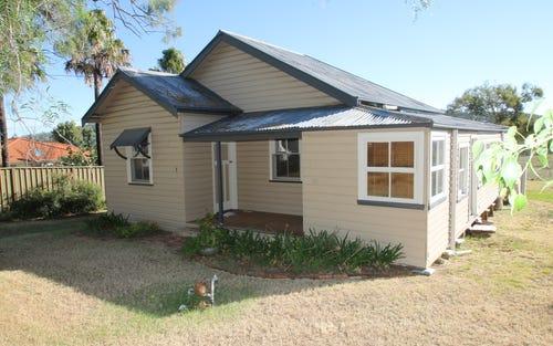 2 Lee Avenue, Quirindi NSW