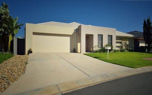 8 Bullfrog Court, Thurgoona NSW 2640