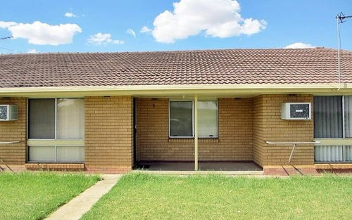 2/84 Travers Street, Wagga Wagga NSW
