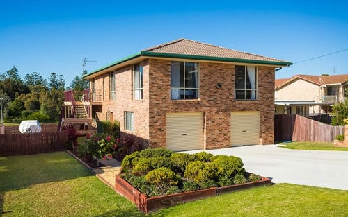 6 Surf Street, Tuross Head NSW 2537