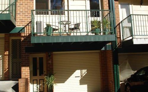 16/179 Gertrude Street, Gosford NSW