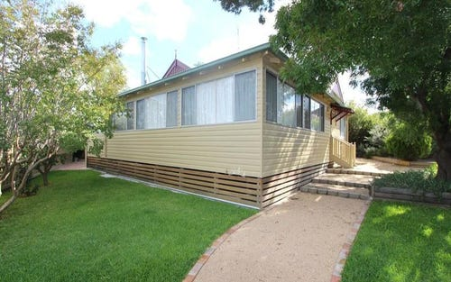 42 Warialda Road, Inverell NSW 2360