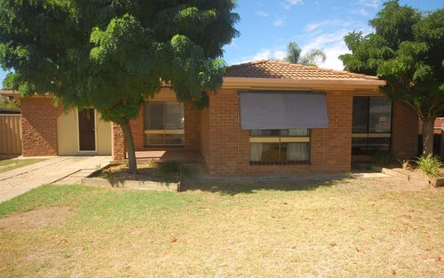 3 Vanda Street, Lake Albert NSW