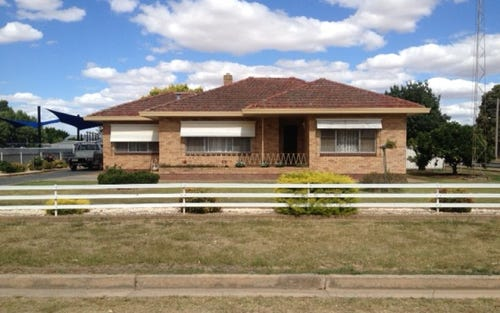25 Second Avenue, Henty NSW