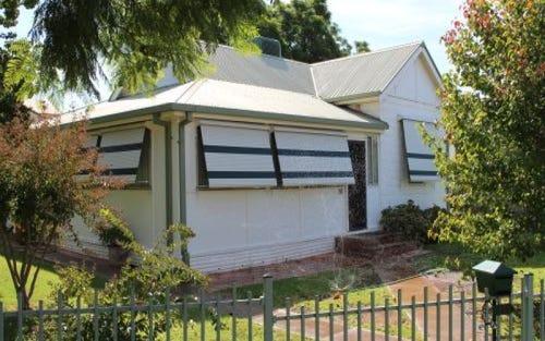 81 Acacia Ave, Leeton NSW 2705