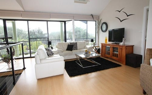 4 BEATRICE PLACE, Long Beach NSW 2536
