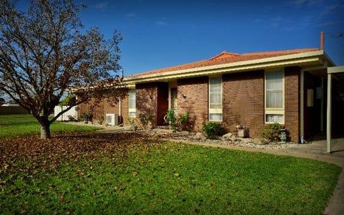 100 Kennedy Street, Howlong NSW 2643