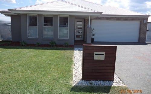 11 Nepean Way, Tanilba Bay NSW