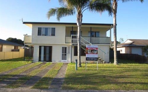 13 Telopea Ave, Yamba NSW 2464