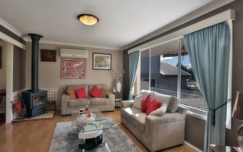 5 Robertson Road, Valentine NSW 2280