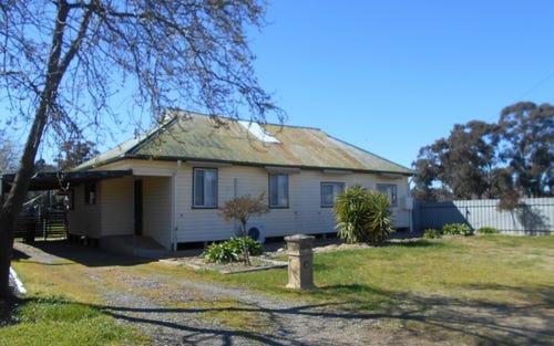 18 Flynn St, Berrigan NSW 2712