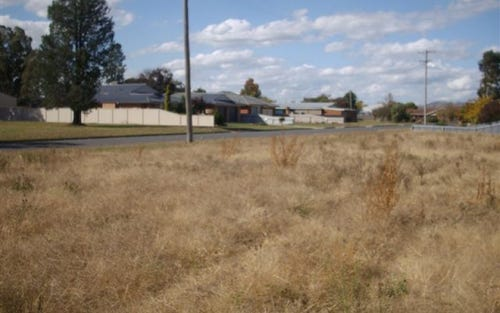 Fourth St, Henty NSW 2658