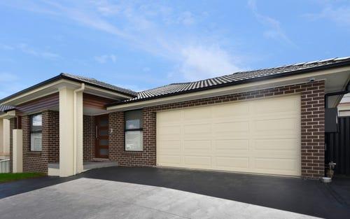 10A Tucker Pl, Edensor Park NSW 2176