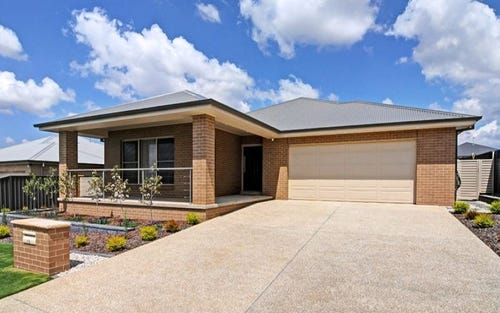 13 Mariposa Street, Bletchington NSW 2800
