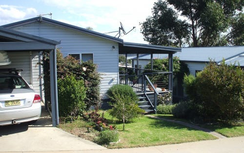 5 Golf Road, Ocean Lake Caravan Park, Wallaga Lake NSW 2546