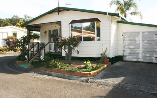 19 Sixth Avenue Broadlands Estate, Green Point NSW 2251