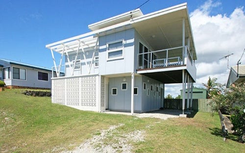 130 Ocean Road, Brooms Head NSW 2463