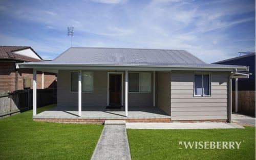 60 Craigie Av, Kanwal NSW 2259