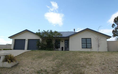 8 Shackleton Close, Windradyne NSW 2795