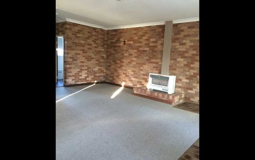 1/7 KENNETH PLACE, Queanbeyan ACT