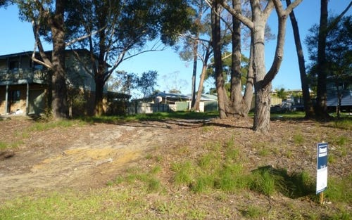 20 Mercury Drive, Lake Tabourie NSW 2539