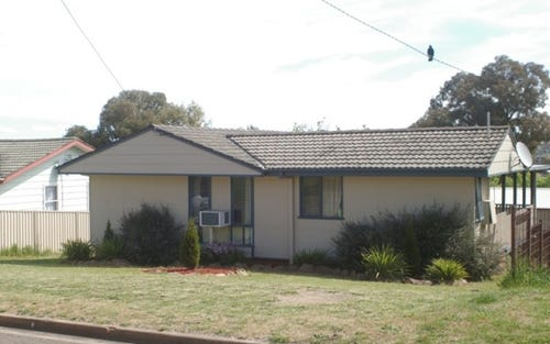 9 Nash Place, Yass NSW 2582