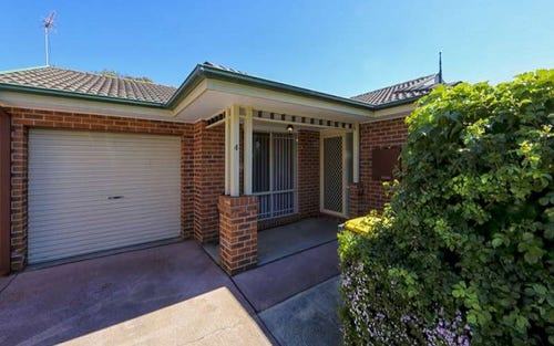 4/15 Troughton Street, Banks ACT