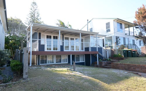 18 Pacific Parade, Old Bar NSW