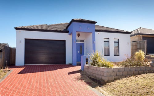 7 Flagstone Street, Harrison ACT