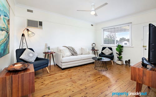 22 Station Rd, Toongabbie NSW 2146