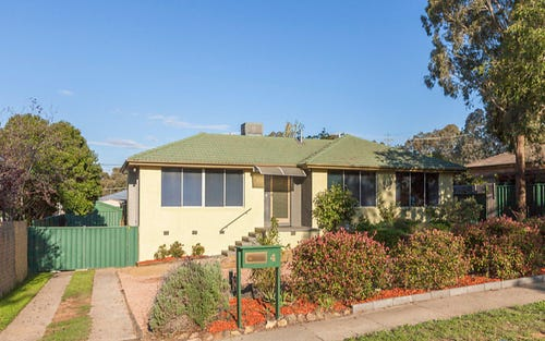 4 Macnaughton Street, Higgins ACT 2615
