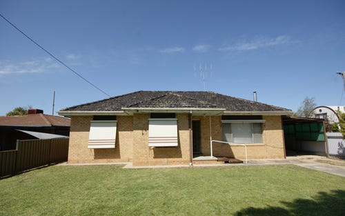 94 Russell St, Deniliquin NSW 2710