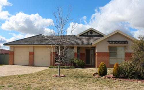 19 Ashworth Drive, Kelso NSW 2795