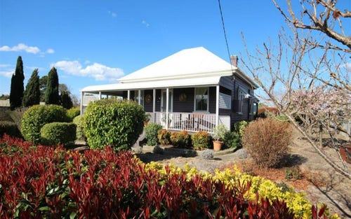 228 Bulwer Street, Tenterfield NSW 2372