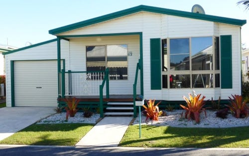 26 Palm Lake Resort, Orion Drive, Yamba NSW 2464