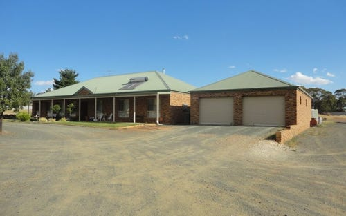 59 Bartondale Road, Temora NSW 2666
