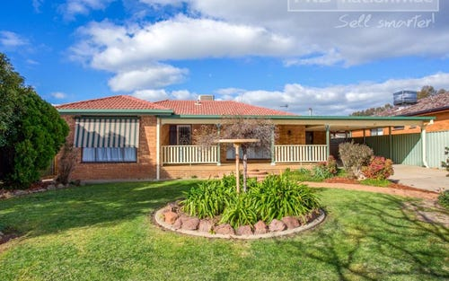 47 Pinaroo Drive, Glenfield Park NSW 2650
