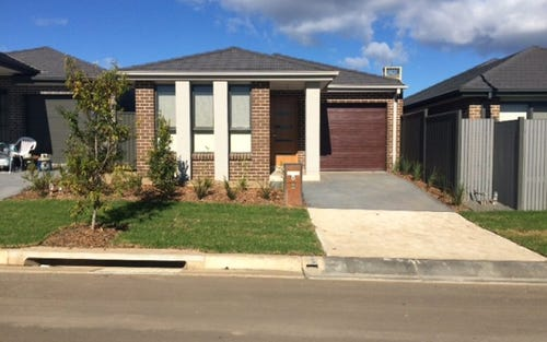 4 Colman Close, Ropes Crossing NSW 2760