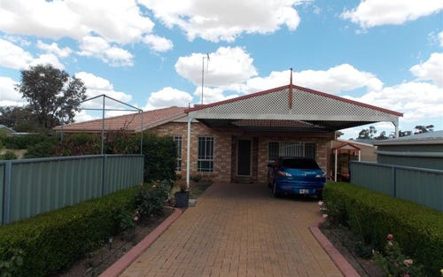 41 Flinders Street, Parkes NSW 2870