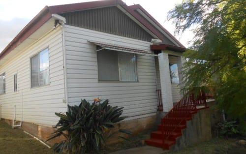 10 Howard Street, Parkes NSW 2870