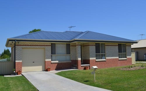 22 Kingfisher Drive, Inverell NSW 2360