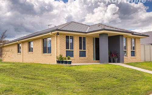 17 Bartleson Place, Hamilton Valley NSW 2641