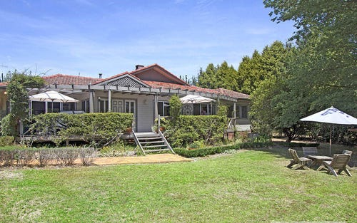 126 Ross Street, Armidale NSW 2350