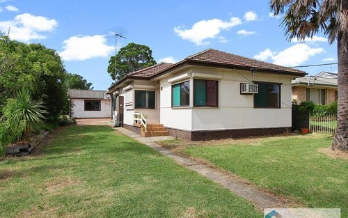 61 Dennistoun Ave, Guildford West NSW 2161
