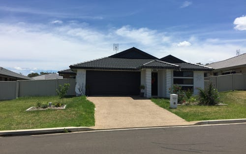 60 Tulipwood Crescent, Tamworth NSW