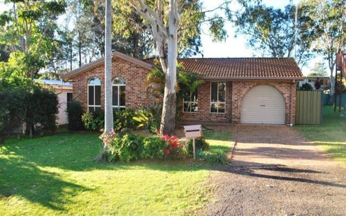4 Seventh Ave, Toukley NSW