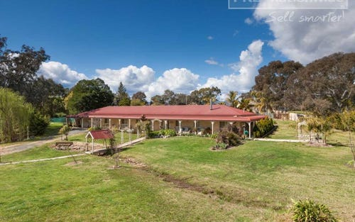 98 Blowering Road, Tumut NSW 2720